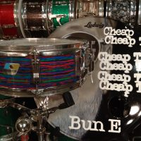 Bun E. Carlos's Cheap trick Ludwig Psychedelic red snare drum