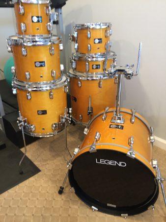 Walfredo De Los Reyes SR Legend Drum set