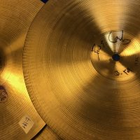 Bun E cymbal hi hat 7895